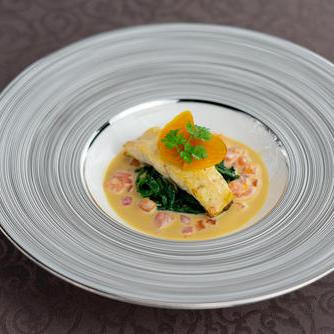 コース料理とオススメの一皿のご紹介