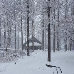 4月10日(水)積雪がございます